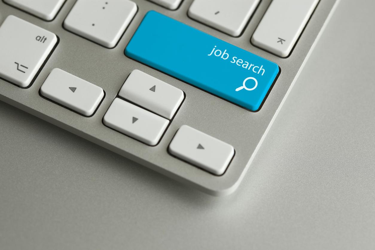 Find Associateship Jobs