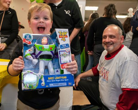 Henry Schein, Inc. celebrated its 21st annual Holiday Cheer for Children program with more than 1,200 underserved children, families, and seniors around the world. (Photo: Business Wire